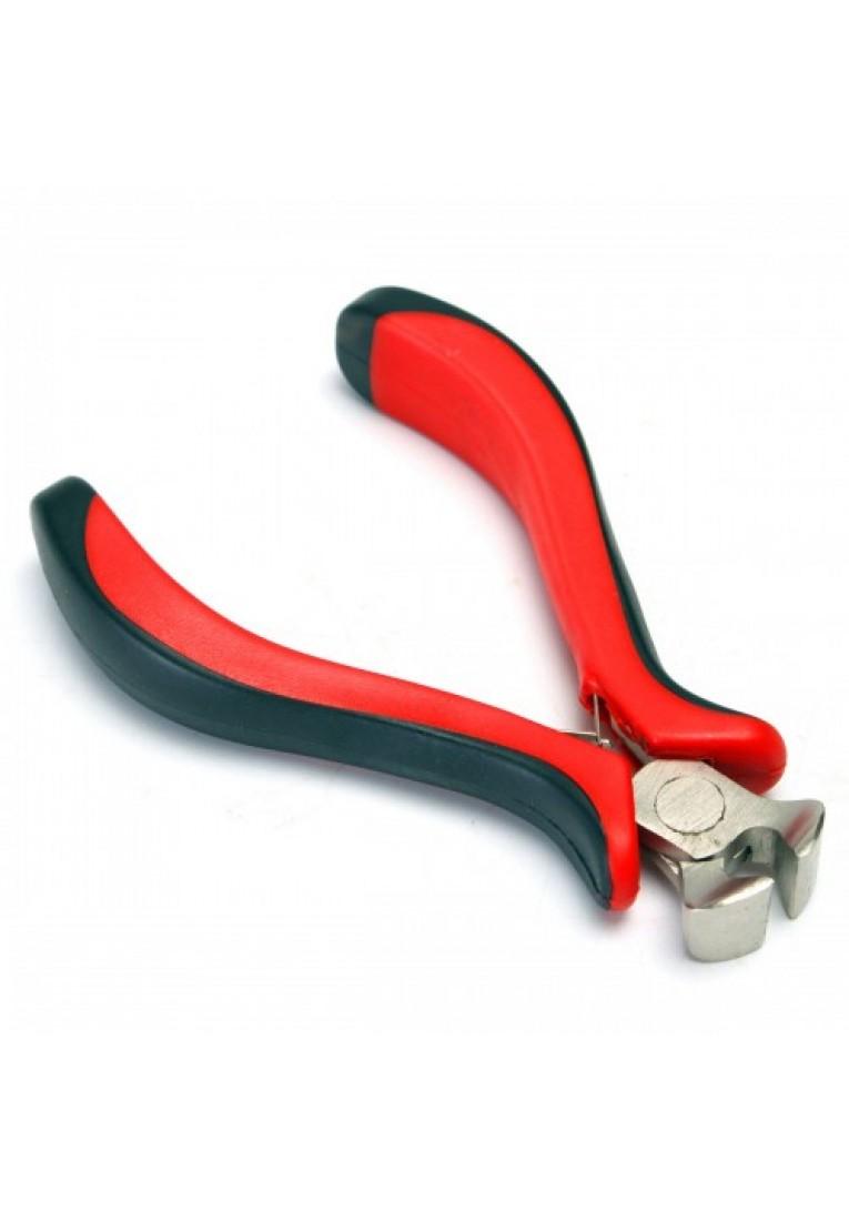 Fretting end clamp of fretting wire cutting machine